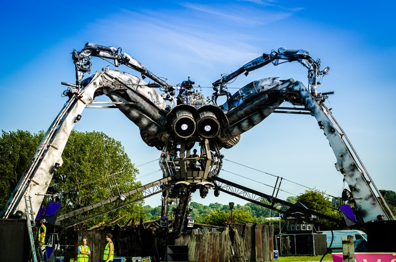 Working on the mechanical spider